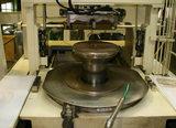 6000気圧の機械でお米の入れる部分