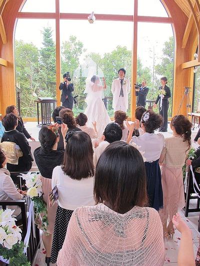 スタッフの結婚式5