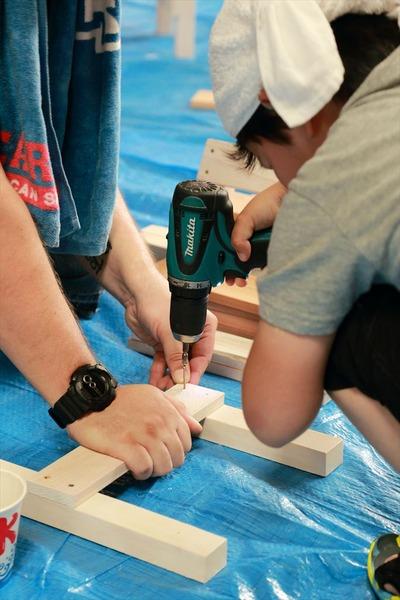 正木屋材木店さんで椅子作り2