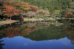 秋の白水阿弥陀堂