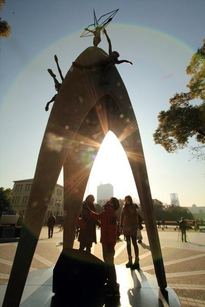 原爆の子の像4