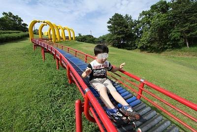 三崎公園の滑り台③