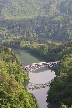 新緑の只見線・第一鉄橋