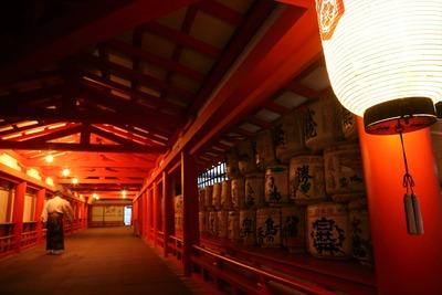 早朝の厳島神社4