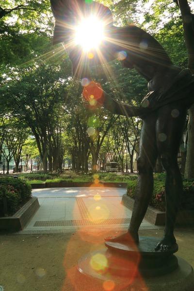 定禅寺通りの彫刻