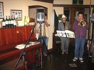 ジャズバンドの演奏