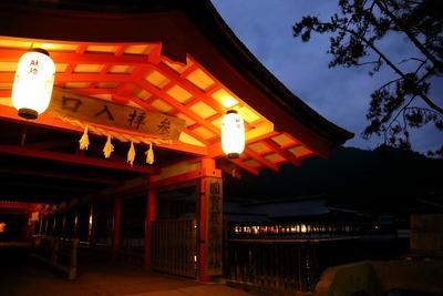 早朝の厳島神社1