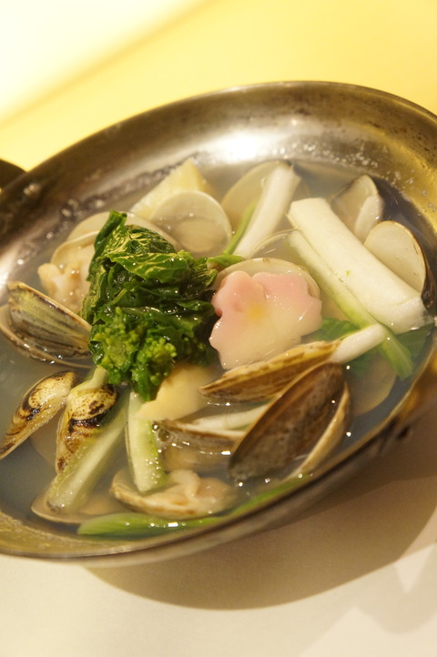 蛤と春野菜の酒蒸し
