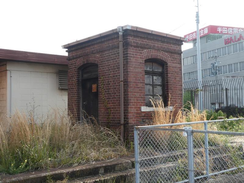 4 半田駅と跨線橋 その4
