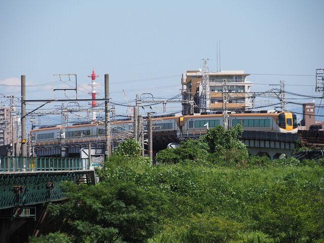 6 近鉄特急 庄内川橋梁にて その2