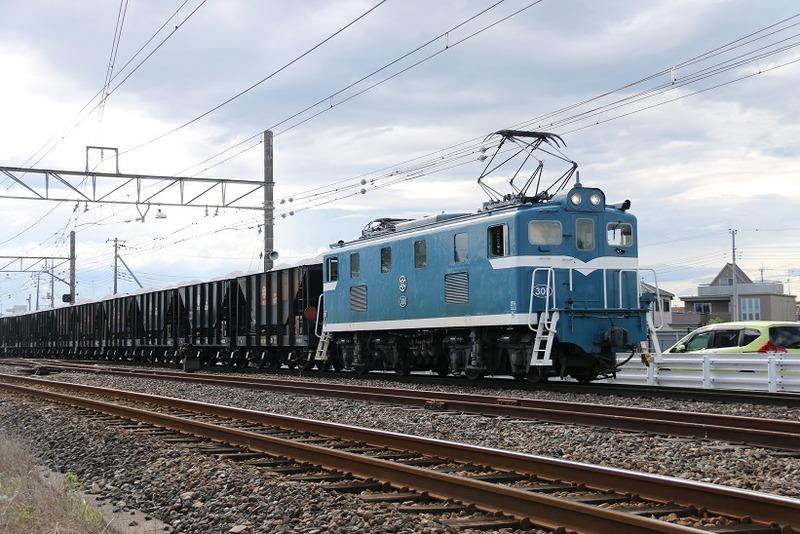 6  武川駅にて 301号機 その3