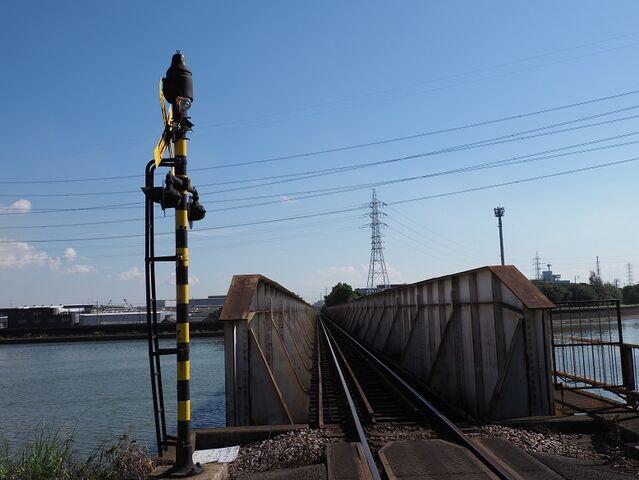 7 天白川橋梁の踏切 その1