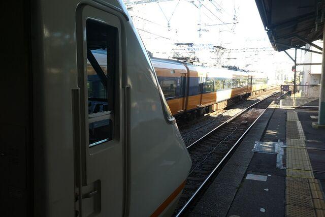 1 桑名駅にて その1