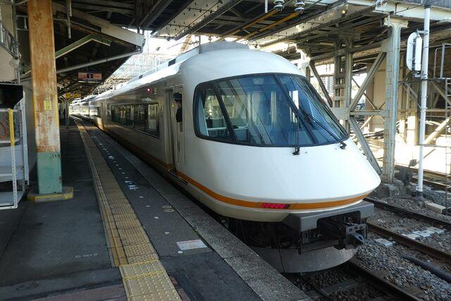 1 桑名駅にて その2