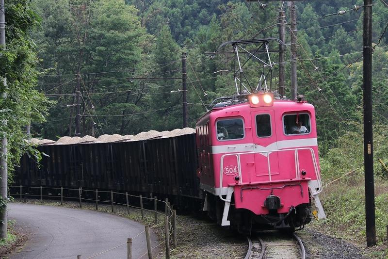 3 鉱石列車 504号機 影森近くにて その6