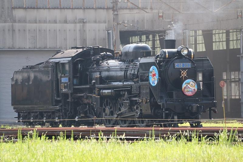 1 C58-363 ガリガリ君号  車庫にて その1