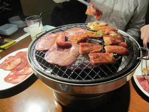 久し振りに家族で焼き肉を食べに行きました。