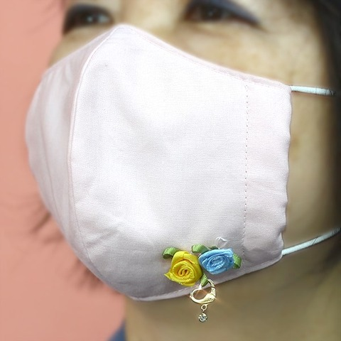 マスク-ハートチャーム-min
