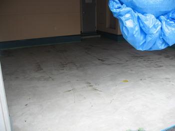 ステンシル 既存コンクリート シゴキ材塗り