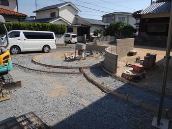 曲線のブロック工事!