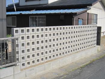 風通しの良い目隠しの壁の工事