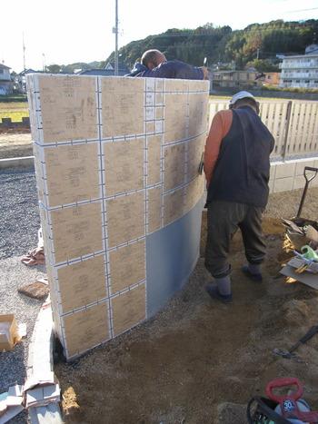 門柱のタイル貼り パナホーム