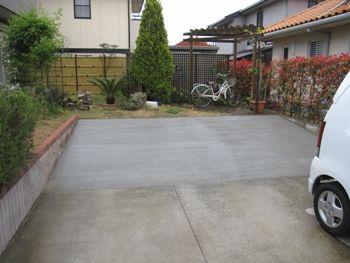 簡単な駐車スペースの増築