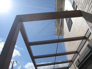 テラス工事、TOEX ジーマテラス屋根 クリヤーポリカの屋根材