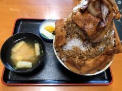 卓球・水谷隼、メガ盛り丼で「食トレ」写真を公開