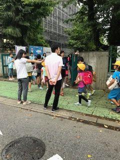 栄和小20170829あいさつ運動4