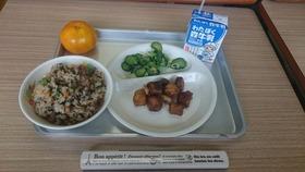 栄和小20180622給食試食会2
