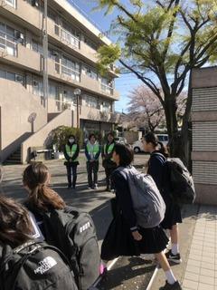土合中20190409あいさつ運動3