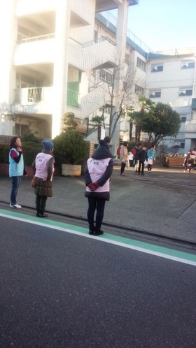 栄和小20170110あいさつ運動1