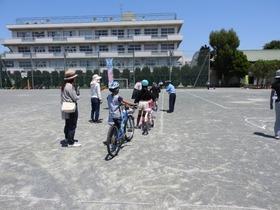 大久保小20190523自転車講習3