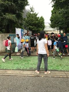 栄和小20170829あいさつ運動3