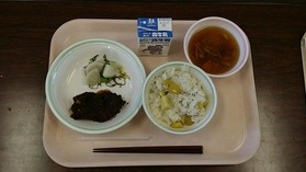 大久保中20161208給食試食会2