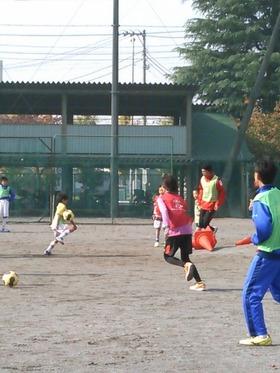 神田小20161120ふれあいサッカー3