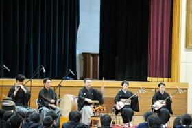 大久保中20180216伝統芸能2