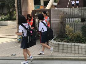 上大久保中20170912あいさつ運動3