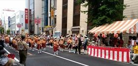 新開小20170716浦和祭りパレード1
