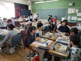 20191118給食参観1