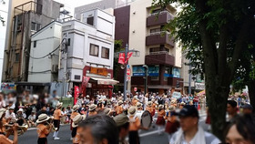 新開小20170716浦和祭りパレード2