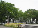 緑の中の名古屋市美術館