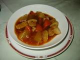 川菜豚肉と野菜の角切り辛子煮込み