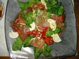 串安生ハムとレタスのシーザーサラダ