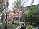 ブリックスクエア庭園