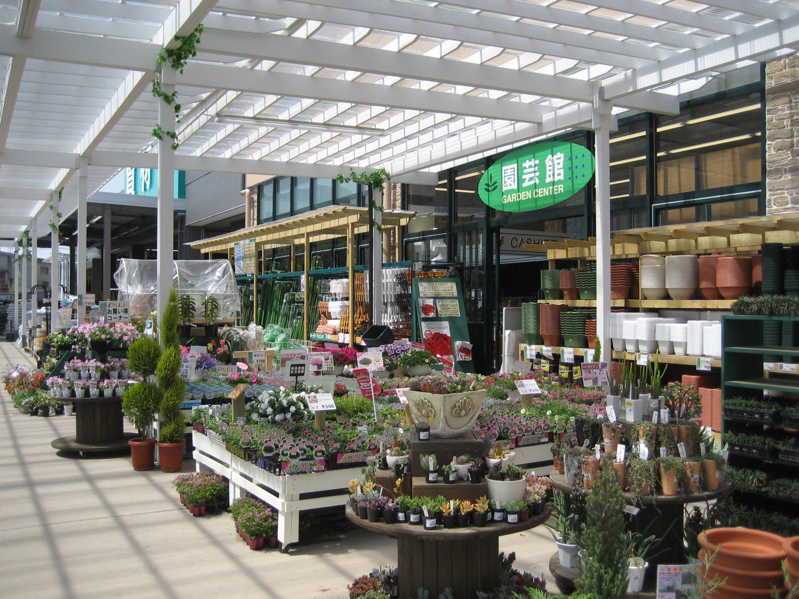 東京の東側で、園芸店を教えてください。 - 花壇に …