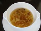 キクラゲと鶏肉の玉子スープ