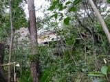 昭和美術館通路から南山寿荘を望む