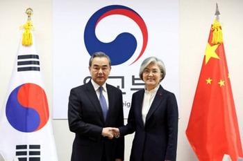 【中国外相】 米ミサイル配備で韓国けん制  5年半ぶり訪韓 1204